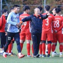 '박항서의 베트남' 오늘(11일) 스즈키컵 우승 사냥 나선다