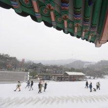 [포토]눈 내리는 한옥마을