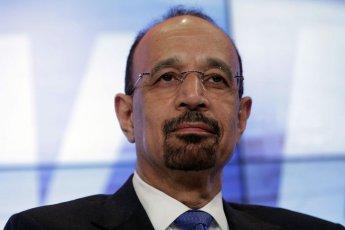 """사우디 """"산유량 10월보다 하루 100만 배럴 줄여야""""…UAE도 동조"""