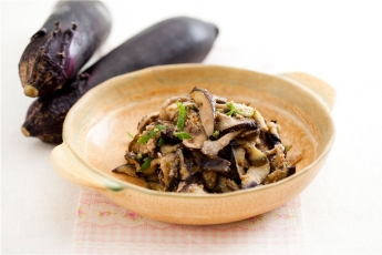 「오늘의 레시피」가지 버섯 들깨볶음