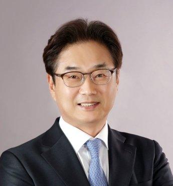 """원희목 제약바이오협회장 """"정부 제약산업 진흥 노력 턱없이 부족"""""""