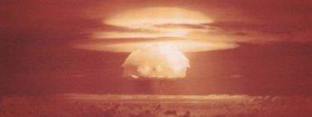 """""""핵무기 자동화, 3차대전 부를 것"""""""