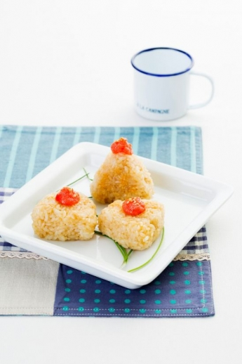 「오늘의 레시피」 날치알 구운 주먹밥