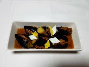 고추장양념의 소고기가 듬뿍 들어간 가지음식 '가지찜'