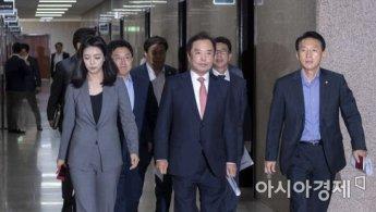 김병준 비대위, 부산으로 민생탐방…'PK패싱' 의식했나
