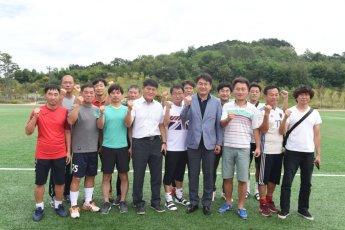 [포토]오승록 노원구청장, 양주시 옥정 축구장 방문