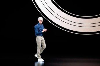 팀 쿡 CEO가 밝힌 '아이폰 초고가' 정책의 이유