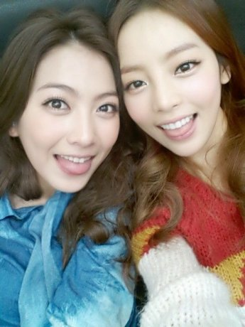 """강지영, 팝콘 사진 게재…네티즌""""논란 생길 수 있다는 예상 안했나"""""""