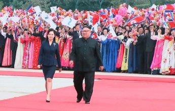 [평양회담]남북 퍼스트레이디 첫 평양 만남…김정숙-리설주, 그림자 동행
