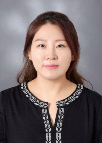 """""""관람객과 '공감'…여백 채우는 매력 느껴"""""""