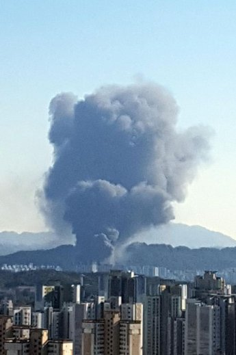 '대전 화재', 중화상 등 부상자 11명…화재피해 규모 늘어날 듯
