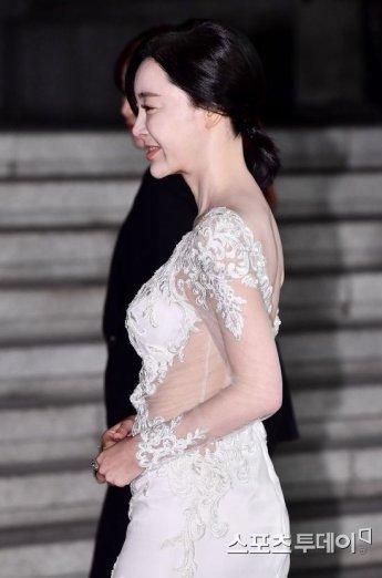 김혜은, '놀라운 개미허리'