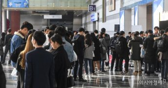 [위크리뷰]실업률 13년 만에 최악, 중장년층도 무너진다