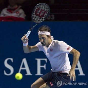 페더러, 조별리그 1위로 ATP 투어 파이널스 4강 진출