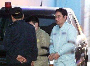 """'사문서 위조' 강용석 """"깊이 반성하지만 혐의 인정할 수 없다"""""""