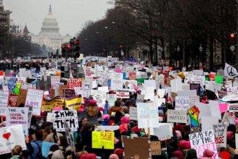 美 세번째 '여성행진'에 10만명 결집…'셧다운' 트럼프 정부 비판