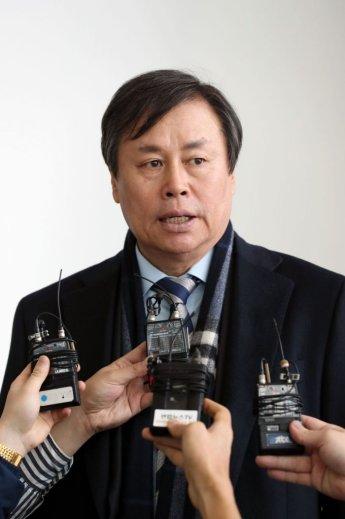 이기흥 강경 발언後…정부-체육회 어색한 IOC 동행(종합)