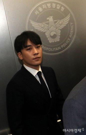 '성접대 의혹' 승리, 왜 구속 안되나…진술 확보했지만 입증에 난항