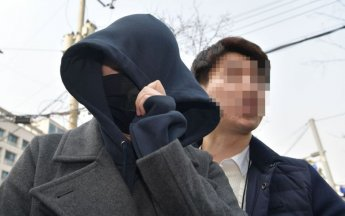 버닝썬 마약 공급 의혹 '애나' 마약 양성반응, 유통 혐의 부인