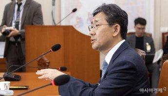 [포토] 답변하는 박양우 장관 후보자