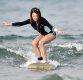 [ST포토] 서핑하는 아지, '넘어질까 조심조심'