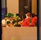 [ST포토] 아침 식사하는 북한 응원단