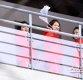 [ST포토] 한반도기 흔드는 북한 응원단