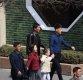 [포토] 북한 평양 거리 걷는 가족