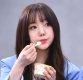 [ST포토] 케이 '먹을 때 가장 예뻐'