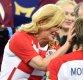 크로아티아 대통령, 경기 패배한 대표팀 선수들 격려