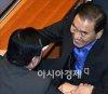 """이재오 \""""박근혜 구속, 이것이 역사…쿠데타로 시작된 독재정권 56년 만에 막을 내려\""""(종합)"""
