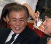 DJ 앞에 선 문재인·안철수·이정현…與野 정치인이 던진 화두는?