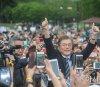 문재인, 어버이날 법정공휴일 지정 공약…네티즌 엇갈린 반응 왜?