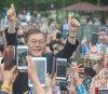 """문재인 프리허그 암살 예고글 올린 네티즌, \""""겁이 나서\"""" 경찰에 자수"""
