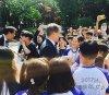 """청와대 견학 온 초등학생들 앞에 나타난 문재인 대통령…\""""감격스러운 순간\"""""""