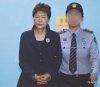 직무정지 박근혜, 하루 5천만원씩 지출?…네티즌들 경악
