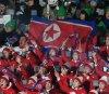 인공기 펄럭이는 북한 응원단