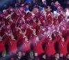 인공기 흔드는 북한 응원단
