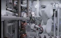 &quot;1시간에 아이폰 200대 분해&quot;<br>애플, 분해 로봇 '데이지' 공개