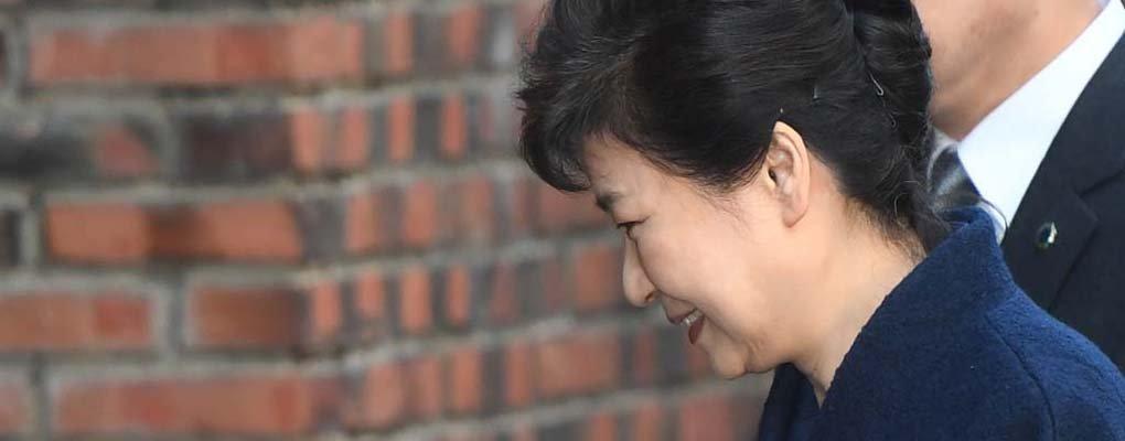 """""""박근혜,  '아모랄'상태…도덕 자체가 없었다"""""""