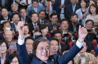 """文, 광화문에서 대국민메시지…""""통합 대통령 될 것"""""""