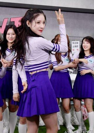 이달의 소녀 희진, '허리가 살짝 드러나는 댄스'