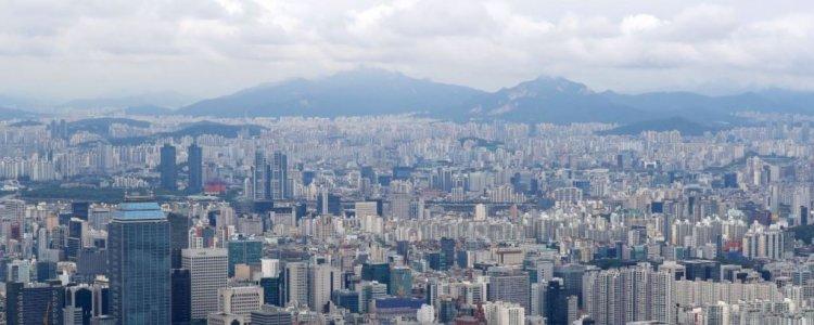 두 갈래로 나뉜 아파트값…분양가 3배 vs 1억원 '뚝'