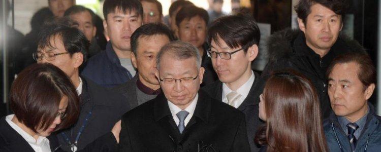 양승태, 구속심사 출석…포토라인 또 '패싱'