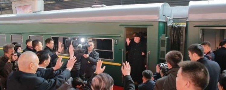 김정은, 하노이 기차행 출발...4500km 대장정
