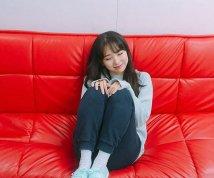 '데이데이'로 데뷔하는 이수현, 토끼 머리띠 일상사진 공개