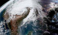 미국 중서부 강타한 '폭탄 사이클론', 대체 어디서 온 태풍일까?