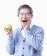 """[건강을 읽다]""""과일 먹기 전 칫솔질…이에 좋아"""""""