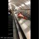 [어쩜좋니]지하철 에스컬레이터 난간에서 미끄럼틀 탄 남자의 최후