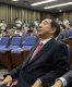 [백브리핑]한국당, 무릎꿇고 사과 일주일…돌아서선 서로 삿대질